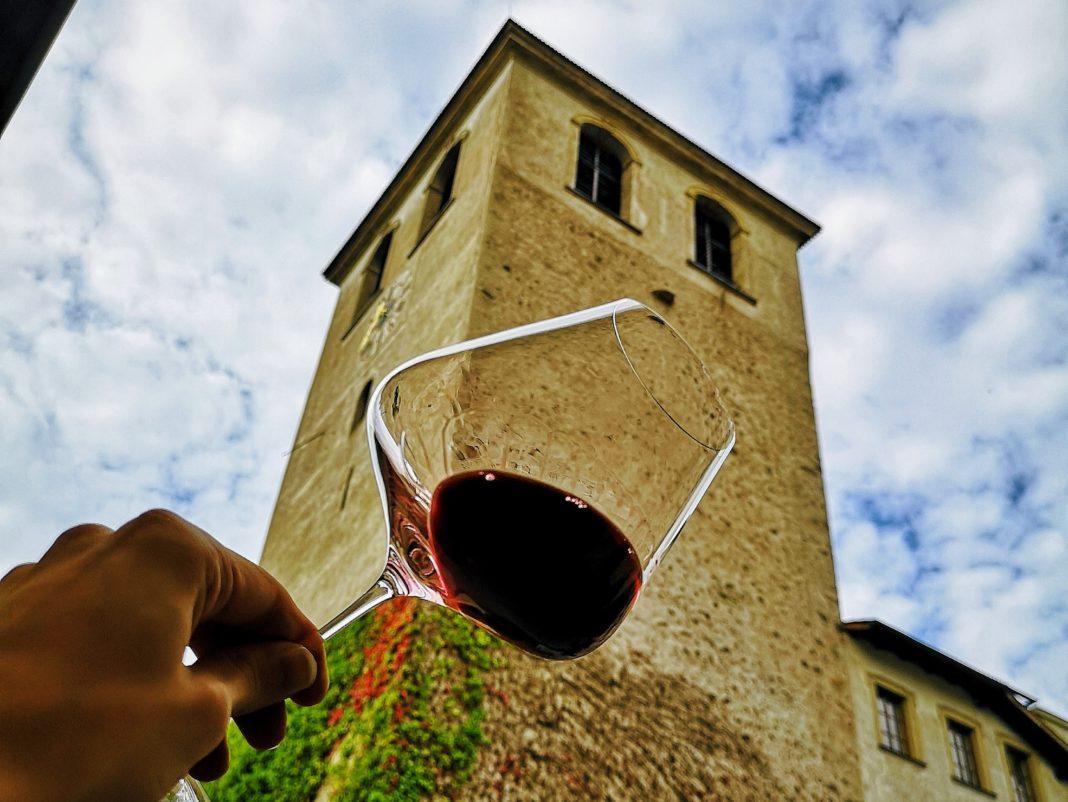 Rotwein schwenken